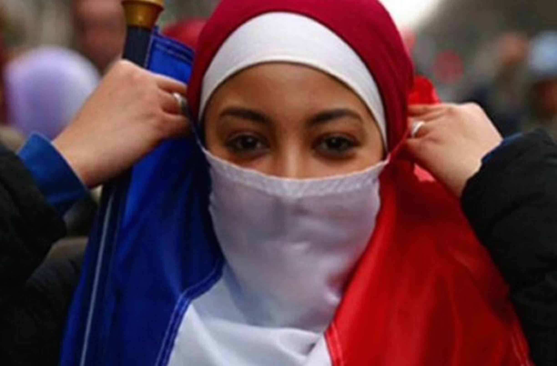 gadis perancis bikin umat islam merasa berdosa